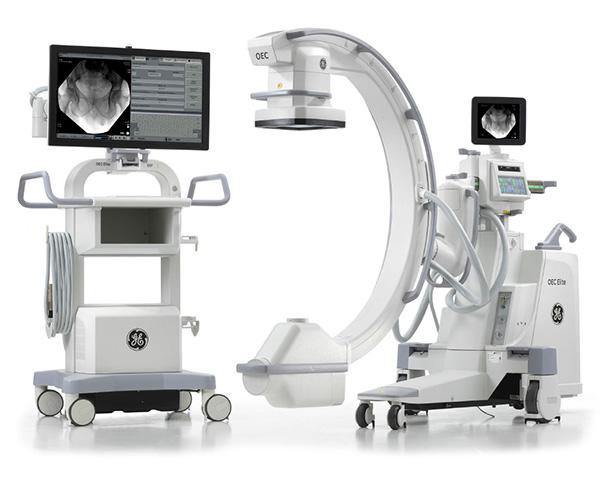手術中にX線撮影が必要な場合に用います。